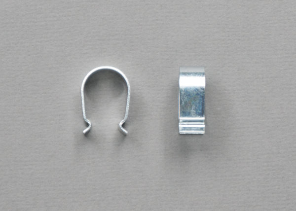 Клипса металлическая цвет серебро